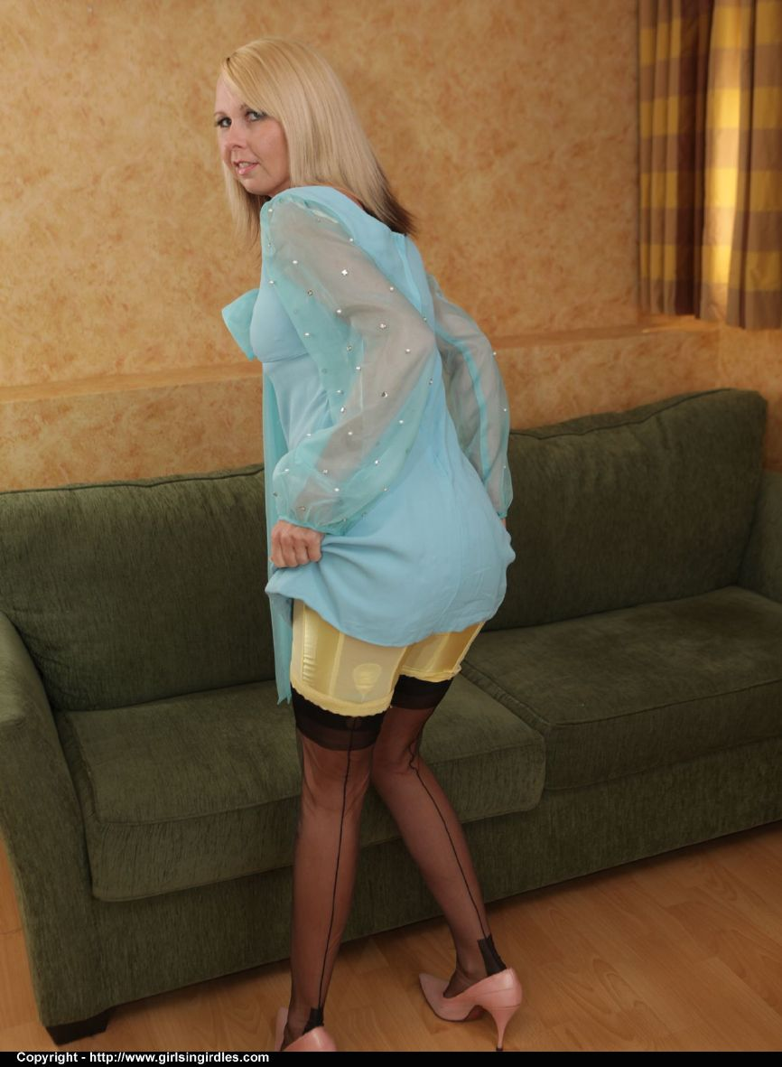 pretty young ladies in ff stockings seamed stockings girdles panties