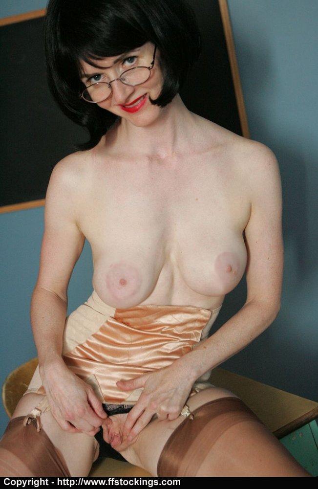 alexis-julia-the-naughty-teacher-torrent-dildo-sex